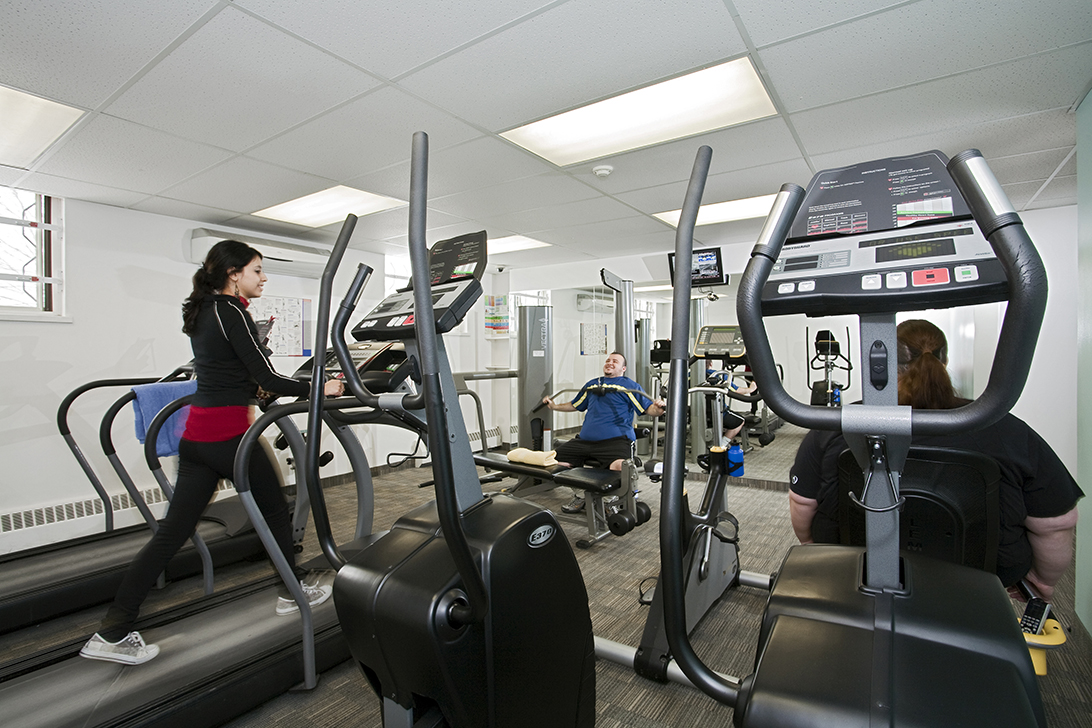 mg_2130_exercise_room